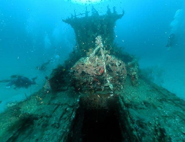 bangkai kapal uss liberty di laut tulamben