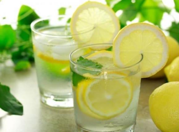 minuman jeruk Lemon